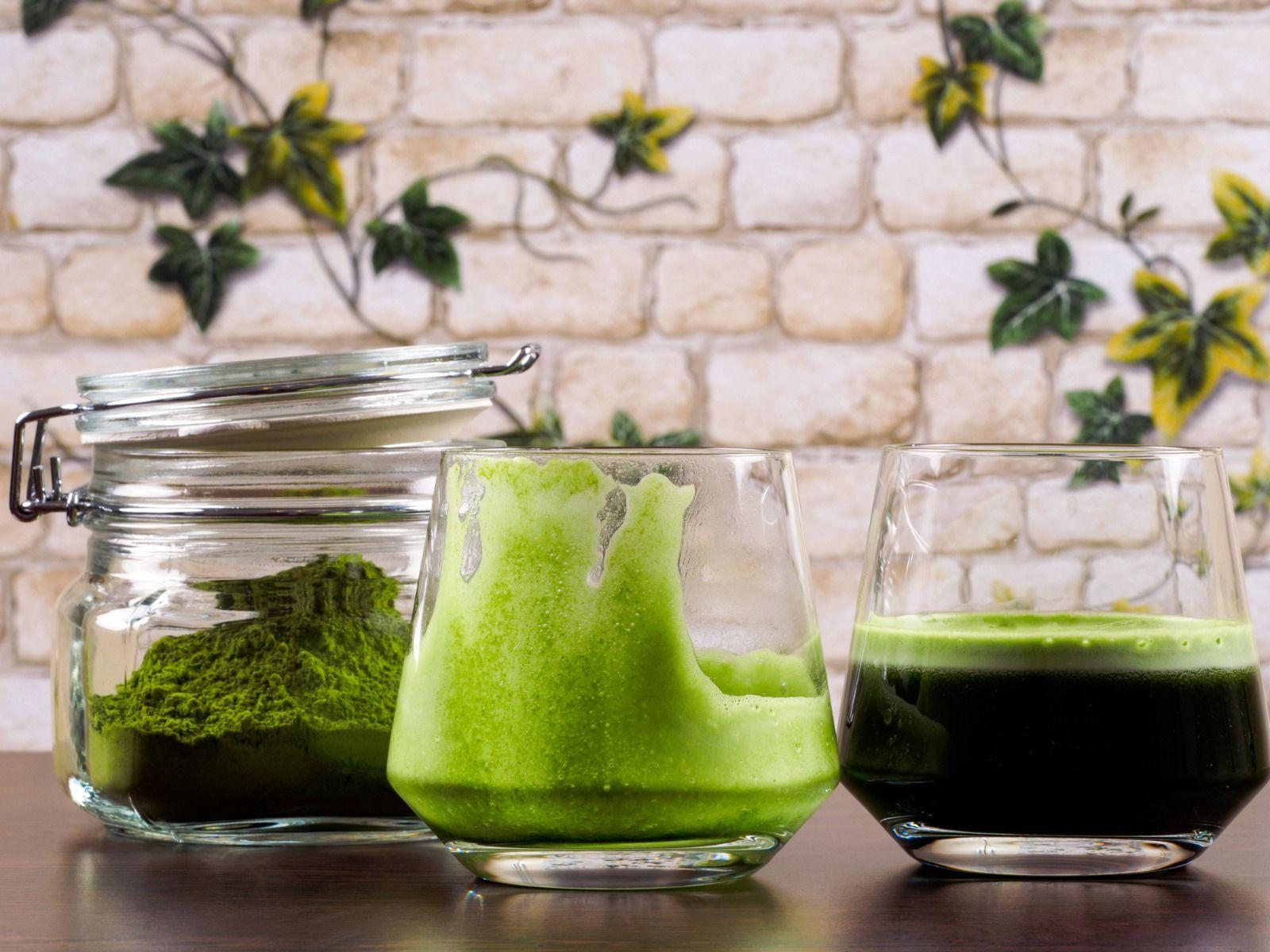 Chlorella sub formă de pudră poate fi consumată cu smoothie-uri
